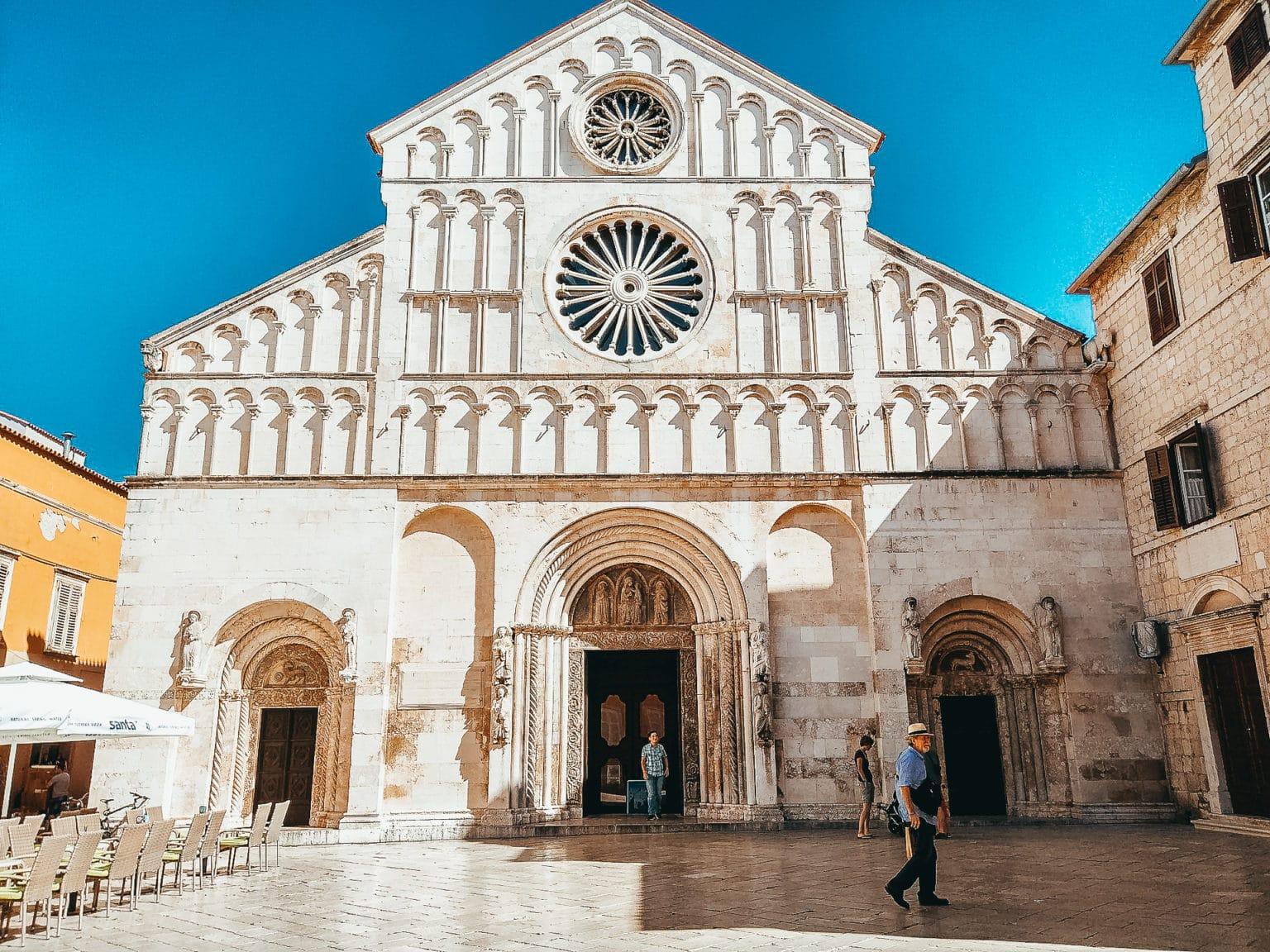 Zadaro katedra